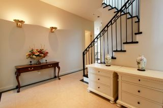 Photo 3: 1209 CLYDE Avenue in West Vancouver: Ambleside House for sale : MLS®# R2545033