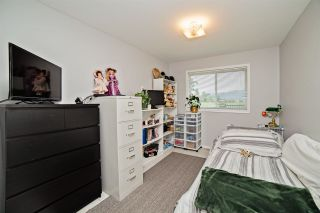 """Photo 10: 39237 VYE Road in Abbotsford: Sumas Prairie House for sale in """"SUMAS FLATS"""" : MLS®# R2067676"""