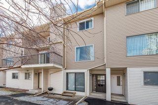 Photo 1: 16 2519 38 Street NE in Calgary: Rundle House for sale : MLS®# C4149864