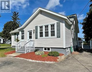Photo 3: 25 Victoria Street in St. Stephen: House for sale : MLS®# NB063221