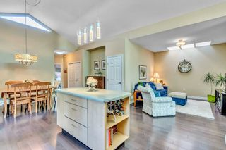 Photo 13: 15511 THRIFT Avenue: White Rock 1/2 Duplex for sale (South Surrey White Rock)  : MLS®# R2526609