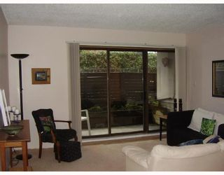 "Photo 3: 121 4373 HALIFAX Street in Burnaby: Central BN Condo for sale in ""BRENT GARDENS"" (Burnaby North)  : MLS®# V634742"