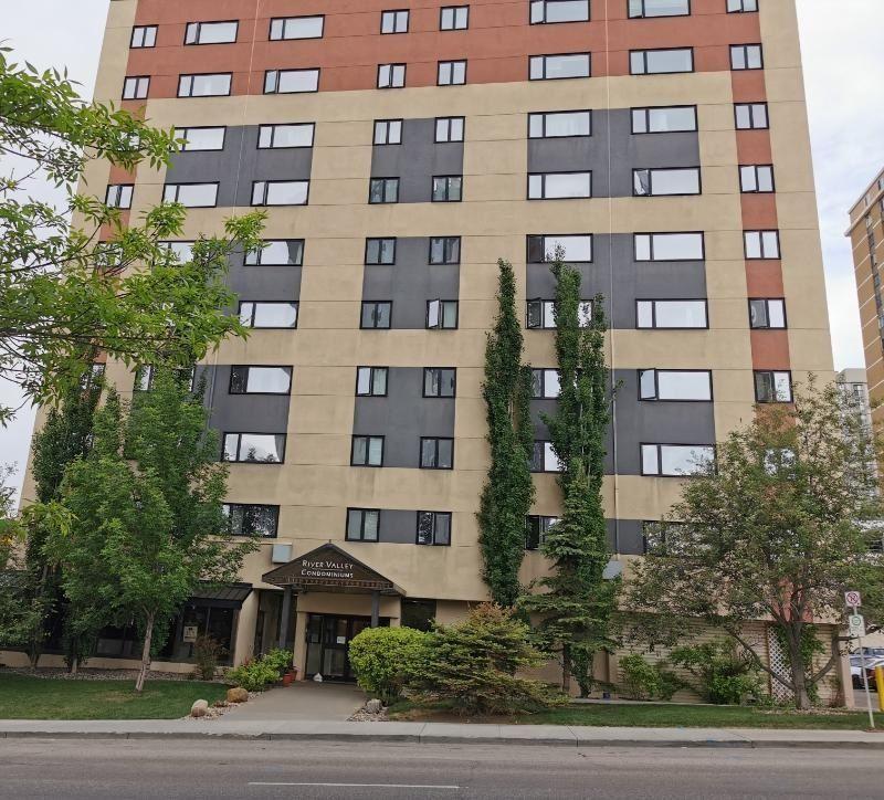 Main Photo: 101 9710 105 Street in Edmonton: Zone 12 Retail for sale : MLS®# E4248346