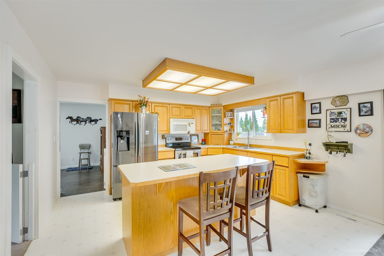 Photo 14: Photos: 13479 SHARPE Road in Pitt Meadows: North Meadows PI House for sale : MLS®# R2420820