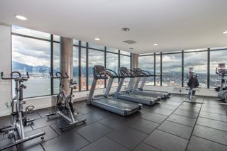 """Photo 25: 2001 108 W CORDOVA Street in Vancouver: Downtown VW Condo for sale in """"Woodwards W32"""" (Vancouver West)  : MLS®# R2465533"""
