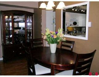 """Photo 4: 1 6601 138TH Street in Surrey: East Newton Townhouse for sale in """"Hyland Creek"""" : MLS®# F2715623"""