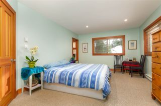 """Photo 11: 8349 NEEDLES Drive in Whistler: Alpine Meadows House for sale in """"ALPINE MEADOWS"""" : MLS®# R2328390"""