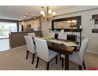"Photo 3: 18 20875 80TH Avenue in Langley: Willoughby Heights Townhouse for sale in ""PEPPERWOOD"" : MLS®# F2920598"
