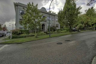"Photo 16: 303 1004 WOLFE Avenue in Vancouver: Shaughnessy Condo for sale in ""THE ALVARADO"" (Vancouver West)  : MLS®# R2407288"