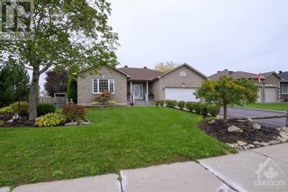 Photo 1: 101 VAUGHAN STREET in Almonte: House for sale : MLS®# 1265308