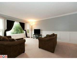 """Photo 2: 5885 ANGUS Place in Surrey: Cloverdale BC House for sale in """"JERSEY HILLS"""" (Cloverdale)  : MLS®# F1004441"""