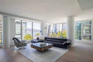 """Photo 2: 502 1409 W PENDER Street in Vancouver: Coal Harbour Condo for sale in """"West Pender Place"""" (Vancouver West)  : MLS®# R2591821"""