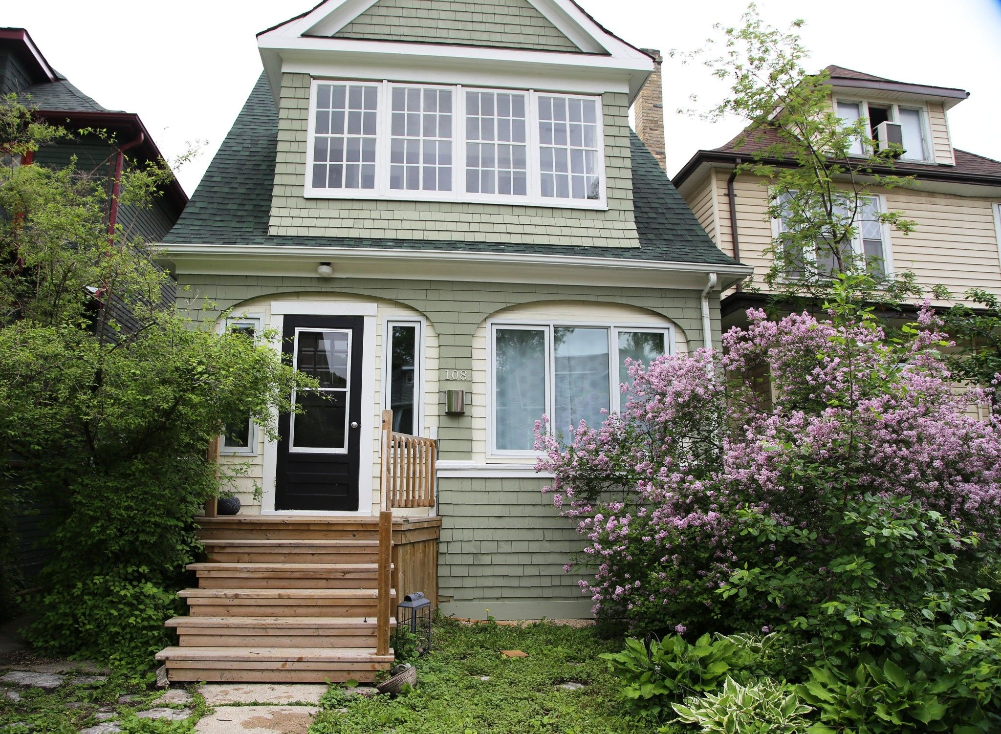 Welcome to 108 Lenore St. in Wolseley!