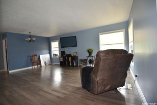 Photo 8: 204 Maple Road West in Nipawin: Residential for sale : MLS®# SK859908