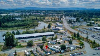 Photo 35: 8 2705 N Island Hwy in : CR Campbell River North Manufactured Home for sale (Campbell River)  : MLS®# 884406