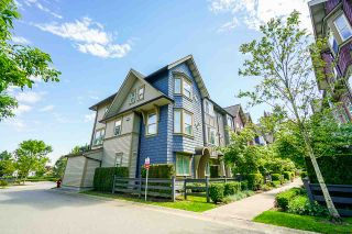 """Photo 1: 21 6450 187 Street in Surrey: Cloverdale BC Townhouse for sale in """"HILLCREST"""" (Cloverdale)  : MLS®# R2372931"""