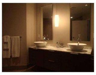 Photo 9: # 3801 1111 ALBERNI ST in Vancouver: Condo for sale : MLS®# V853191