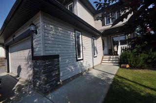 Photo 2: 20304 47 AV NW: Edmonton House for sale : MLS®# E4078023