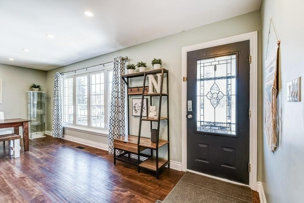 Photo 4: Photos: 2344 Redfern Road in Burlington: Residential for sale : MLS®# H4096947