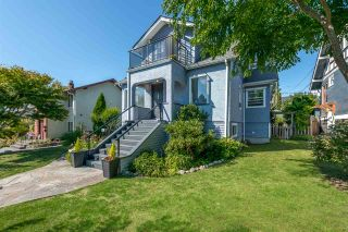 Photo 2: 522 E 5TH Street in North Vancouver: Lower Lonsdale House for sale : MLS®# R2492206