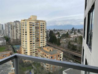 """Photo 7: 1708 3663 CROWLEY Drive in Vancouver: Collingwood VE Condo for sale in """"LATITUDE"""" (Vancouver East)  : MLS®# R2535378"""
