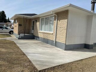 Photo 25: 74 Magenta Crescent in Winnipeg: Maples Residential for sale (4H)  : MLS®# 202107953