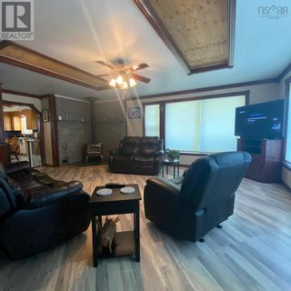Photo 7: 55 Lake Shore Drive in West Clifford: Agriculture for sale : MLS®# 202122023