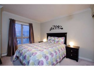 """Photo 7: 1404 121 W 15TH Street in North Vancouver: Central Lonsdale Condo for sale in """"ALEGRIA"""" : MLS®# V1102580"""