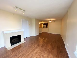 Photo 2: 404 8120 LANSDOWNE ROAD in Richmond: Brighouse Condo for sale : MLS®# R2570277