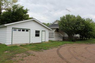 Photo 2: 5106 50 Street: Myrnam House for sale : MLS®# E4099480