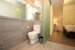 """Photo 10: 207 36 WATER Street in Vancouver: Downtown VW Condo for sale in """"TERMINUS"""" (Vancouver West)  : MLS®# R2575228"""