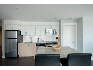 Photo 1: 318 55 EIGHTH AVENUE in New Westminster: Condo for sale : MLS®# V1125348