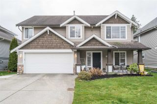 Photo 1: 4057 CHANNEL Street in Abbotsford: Abbotsford East House for sale : MLS®# R2239020