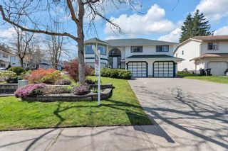 Main Photo: 9027 214B Street in Langley: Walnut Grove House for sale : MLS®# R2564775