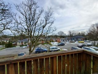 Photo 15: 470 Montcalm Ave in : SW Marigold House for sale (Saanich West)  : MLS®# 866568