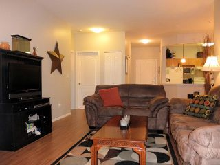 Photo 4: 108 20239 MICHAUD Crest in Langley: Langley City Condo for sale : MLS®# f1301099