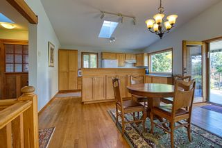 Photo 10: 1212 GOWER POINT Road in Gibsons: Gibsons & Area House for sale (Sunshine Coast)  : MLS®# R2605077