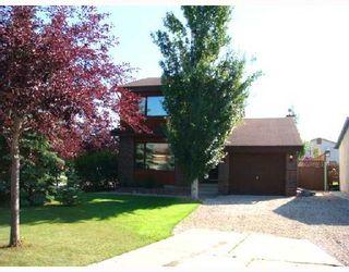 Photo 2: 46 EASTCOTE Drive in WINNIPEG: St Vital Residential for sale (South East Winnipeg)  : MLS®# 2814607
