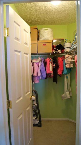 Photo 12: 9140 - 166 Avenue in Edmonton: House Half Duplex for sale (Eaux Claires)  : MLS®# E3285209