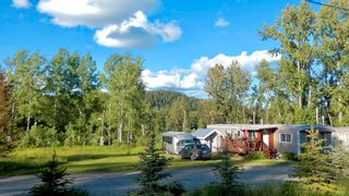 """Photo 3: 9 7128 OTWAY Road in Prince George: Cranbrook Hill Manufactured Home for sale in """"SOUTH SHORE TRAILER PARK"""" (PG City West (Zone 71))  : MLS®# R2598224"""