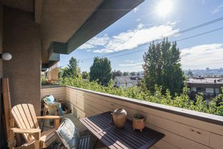 """Photo 10: 308 1516 CHARLES Street in Vancouver: Grandview VE Condo for sale in """"Garden Terrace"""" (Vancouver East)  : MLS®# R2302438"""