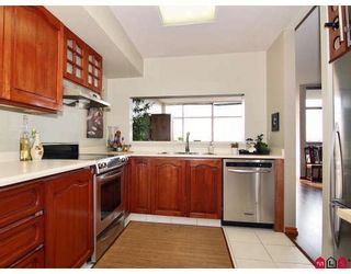 "Photo 3: 2003 14881 103A Avenue in Surrey: Guildford Condo for sale in ""SUNWEST ESTATES"" (North Surrey)  : MLS®# F2806689"