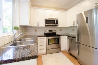 """Photo 9: 35 20159 68 Avenue in Langley: Willoughby Heights Townhouse for sale in """"VANTAGE"""" : MLS®# R2176637"""