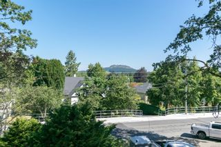 Photo 1: 1237 Union Rd in : SE Maplewood House for sale (Saanich East)  : MLS®# 881878