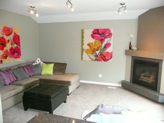 Photo 10: 2466 Assiniboine Crescent in : Silver Heights Single Family Detached for sale