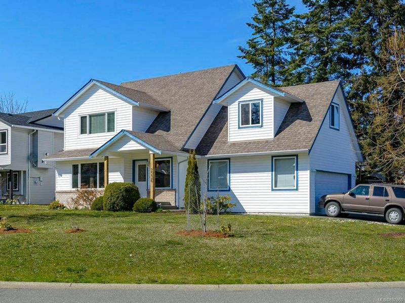 FEATURED LISTING: 2226 Heron Cres COMOX