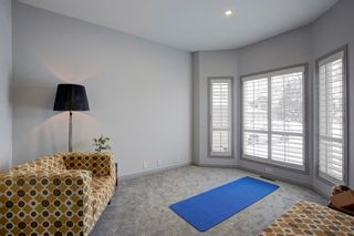 Photo 5: 18 Sienna Park Place SW in Calgary: Signal Hill Residential for sale : MLS®# A1066770