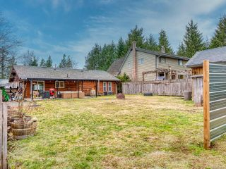 Photo 8: 2582 WINDERMERE Avenue in CUMBERLAND: CV Cumberland House for sale (Comox Valley)  : MLS®# 833211