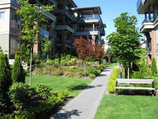 """Photo 19: 401 15357 17A Avenue in Surrey: King George Corridor Condo for sale in """"Madison"""" (South Surrey White Rock)  : MLS®# R2213852"""