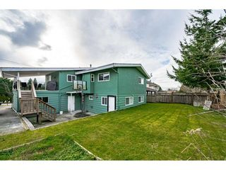 """Photo 30: 18463 56 Avenue in Surrey: Cloverdale BC House for sale in """"CLOVERDALE"""" (Cloverdale)  : MLS®# R2531383"""